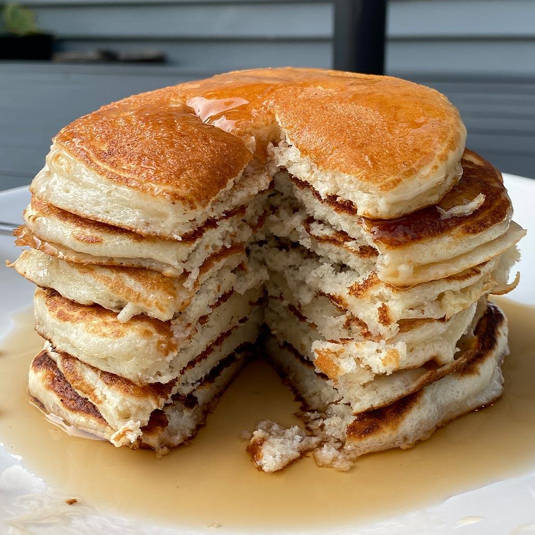 3-Ingredient Cake Mix Pancakes